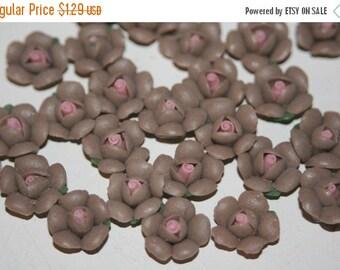 WINTER SALE SALE - Small Brown Cute Fimo Flowers - 10 pcs