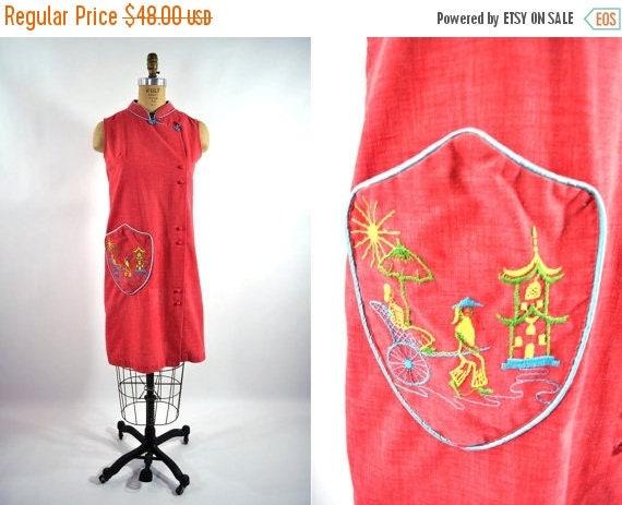 SALE // 1960s dress 60s vintage red Japanese embroidered pocked shift dress S/M