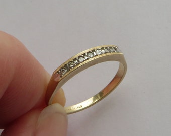 Solid 14K Y Gold 7 Diamond Wedding or Anniversary Band, size 6.3, very pretty vintage ring, free US first class shipping