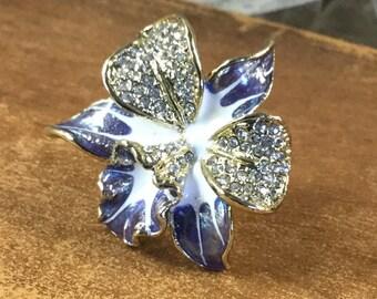 Stunning Pave Rhinestone and Enamel Orchid Ring Signed Swarovski Swan Logo Size 7 Blue and White