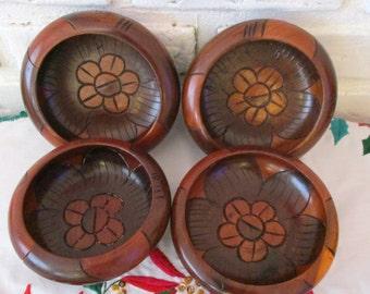 Vintage Teak Wood Carved Salad Serving Bowls Mid Century Serveware Wooden Fruit Nut Snack Server