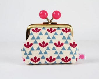 Metal frame coin purse with color bobbles - Triangles and leaves in blue and pink - Color mum / Japanese fabric / Ellen Baker / Indigo