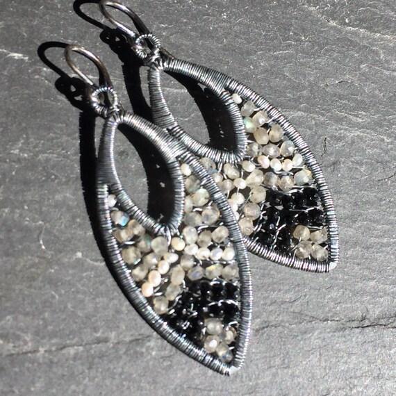 Bonnet Earrings