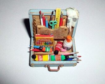 Miniature Child's Paint Box   1:12 scale