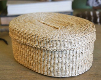 Native American Sweetgrass Basket - Pomo?