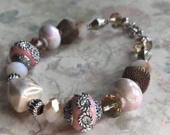 Mixed blush color bracelet