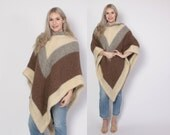 Vintage 70s PONCHO CAPE / 1970s Neutral Soft Shaggy Icelandic Wool Sweater with Hood