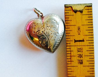 Vintage //// Cute Sterling Silver Heart hand engraved Pendant