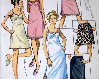 Simplicity 9115 Misses' Slip and Half Slip Pattern, 1970 Lingerie Sewing Pattern, Size 12 Bust 34