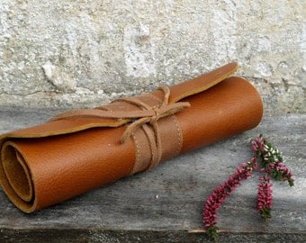 Leather Pencil Roll, archidect pencil case, Pencil Case, Rollup Leather Case, Paintbrush Roll, waldorf pencil roll,mothers day
