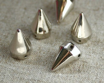 free UK postage - Pack of 50 Silver Plastic Sew on Spikes Cones