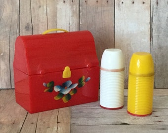 Darling Vintage Kitschy Salt and Pepper Shakers - Lunchbox with Thermoses