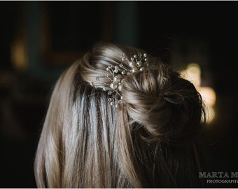 Ivory Pearl Wedding Hair Pins. Set of 2 Flower Bridal Hair Pins. Pearl Hair Pin. Wedding Hair Accessories.