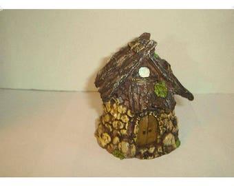 Mini Fairy Garden Hut/ Resin /Single /Minis/Supplies*