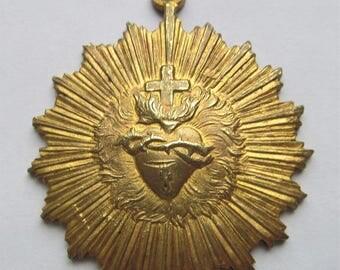 Antique Brass Sacred Heart Religious Medal Catholic Pendant   SS498