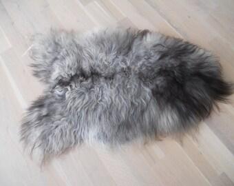 Nordic Sheep throw gray and black