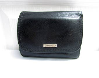 Vintage Dockers Black Pebbled Genuine Leather Wallet - Currency, Ids, Credit Cards and Coins Pockets