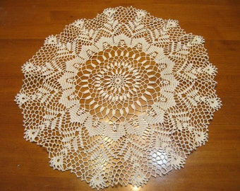 Vintage Doily, Handmade, Crochet, Round, Light Ecru, Country Cottage,  Victorian, Cottage Style, French Country