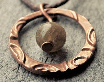 Copper Circle Necklace with Labradorite