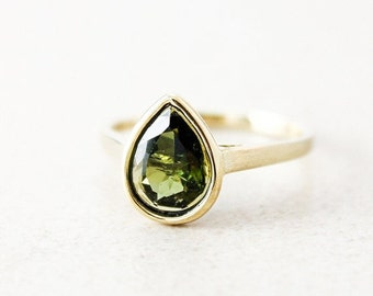 CHRISTMAS SALE Gold Green Tourmaline Teardrop Ring - 10kt Yellow Gold - Olive Green