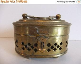 Christmas Sale Vintage Brass Keep Sake box, Trinket Box