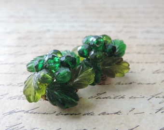 green cluster earrings 50s west germany lucite leaf clip on earrings vintage jewelry