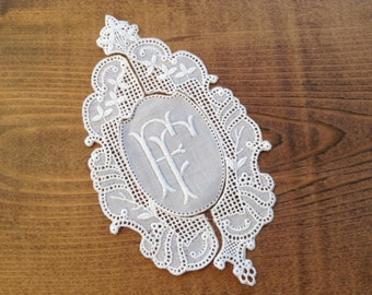 Vintage framed FF cotton lace embroidered 3-piece monogram 4.53 inch