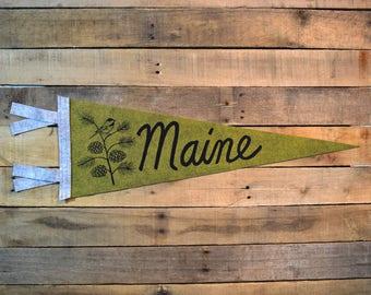 MAINE Pinecone & Chickadee Pennant on Green Wool