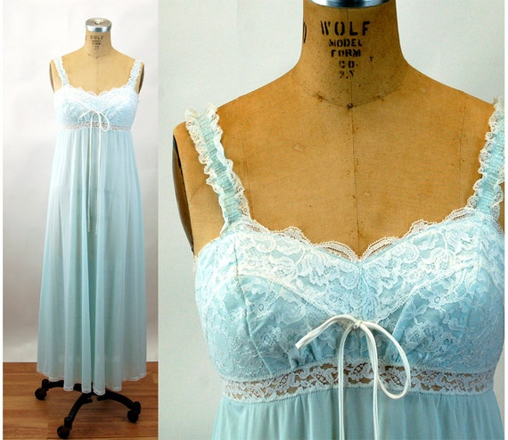 1970s Olga gown nylon lace blue frilly nightgown empire waist Size 38  M/L