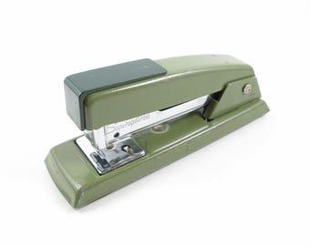 Swingline Stapler Vintage Avocado Green Desk Accessory Office Supply Model 711 Made In U.S.A.