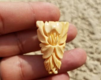 Old antique fur clip, Only one in hand carved Bone JAPAN marking on back, Really nice old find