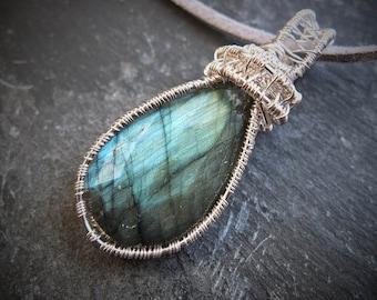 Labradorite pendant - silver wire wrapped labradorite pendant - flashy labradorite - unique - ooak