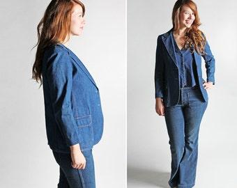 Vintage 1970s Denim Blazer- Blue 70's Women's Jean Retro Tomboy Blue Button Up Long Sleeve Jacket Coat Menswear - Size Medium or slim Large