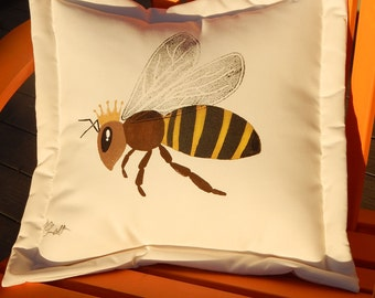 "QUEEN BEE outdoor pillow 20""x20"" honey apiary hand painted hive Crabby Chris Original"
