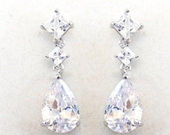 Bridal Earrings, Crystal Bridal Earrings, Simple bridal earrings, Bridesmaid jewelry, Eudora Earrings