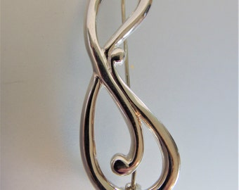 Pretty Vintage Sterlilng Silver Musical Note Brooch