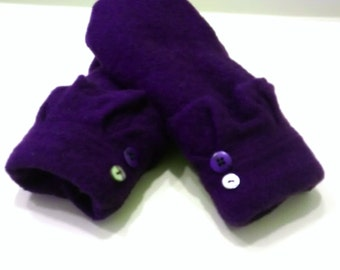 Totally purple, ruffled,  recycled sweaters, fleece lined mittens, wool mittens, sweater mittens, purple mittens, mittens with buttons