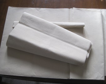 Superb unused French pure linen sheeting fabric.  Excellent curtain or upholstery fabric, wonderful weighty bedding