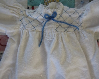"""American Girl White Flannel Nightgown """"Kirsten"""" Tagged Pleasant Company"""