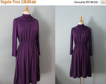SALE 1970's dress/ 70's jersey dress/ Purple Crush