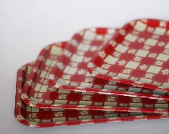 vintage red and white checked trays set of four