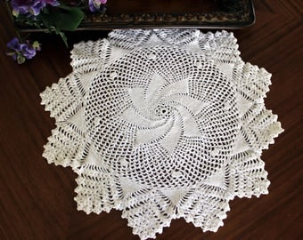 Large Vintage Doily, Crochet Doilies, Spiral Crocheted Doily, Vintage Table Linens, Hand Made Doilies, Large Knit Doily 13436