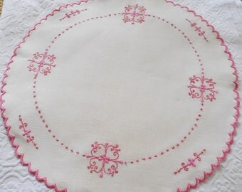 Vintage Linen Centerpiece Ivory Doily Pink Embroidery Topper