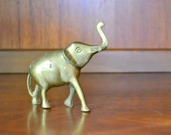 vintage brass elephant figurine / brass home decor accents / elefant