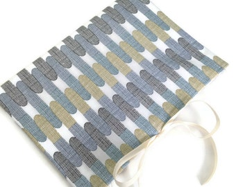 Circular Knitting Needle Organizer Blue Brown Fabric Needle Case 12 Pockets Multiple Needle Storage Book Fold Grosgrain Ribbon Closure