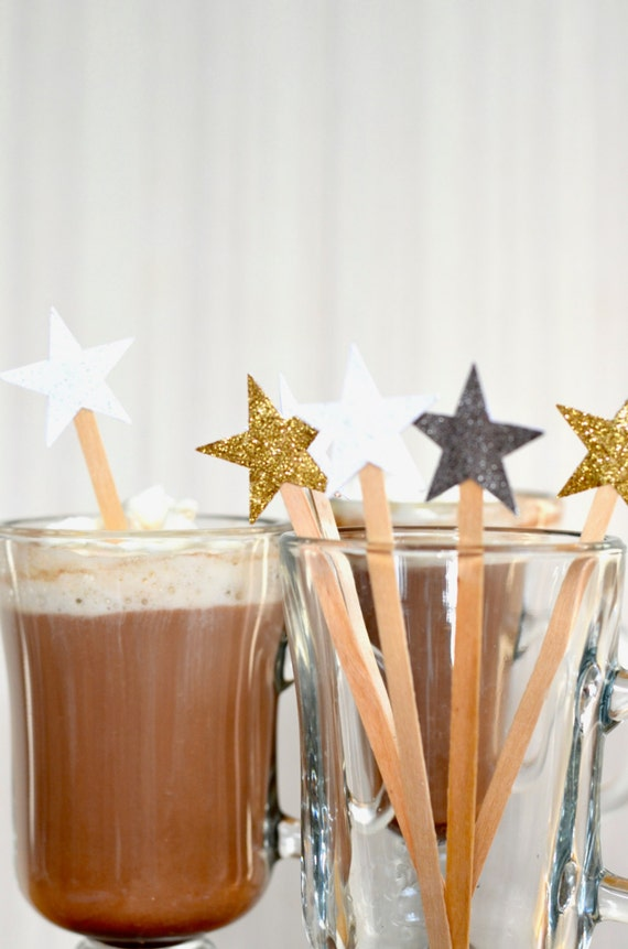 Glitter Star Drink Stirrers - 12 or 50 swizzle sticks for hot or cold drinks