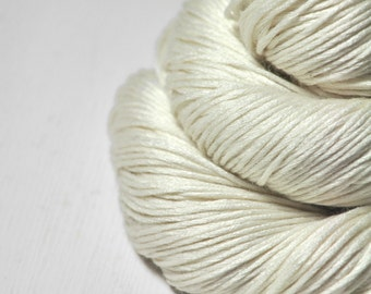 Ghost - natural Silk/Cashmere Fingering Yarn