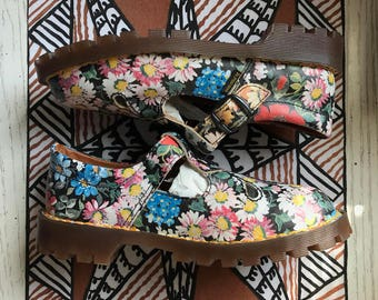 90s MINT Condition Novelty FLORAL Doc Marten RARE Mary Jane // UK3