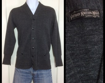 1940's Victory Knitting Mills wool thin high gauge knit workwear Work Cardigan Chore Sweater looks Small Charcoal Gray salt pepper speckled