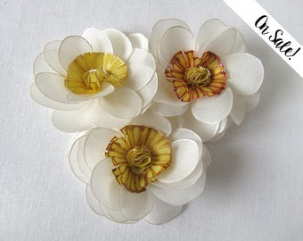 White and gold handpainted silk wild roses - hair bobby pins - bridal hair pins - white and gold ***Item on sale*** Previous price : 36 EUR